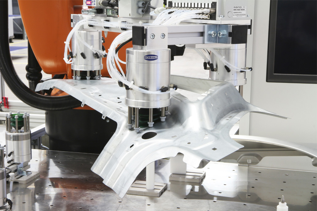 Clamping systems for metal sheets