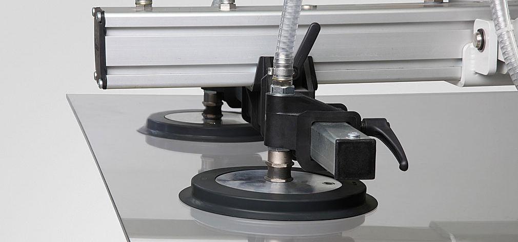 Saupgplatte SGF mit spezieller Bauform für die Handhabung von Glas