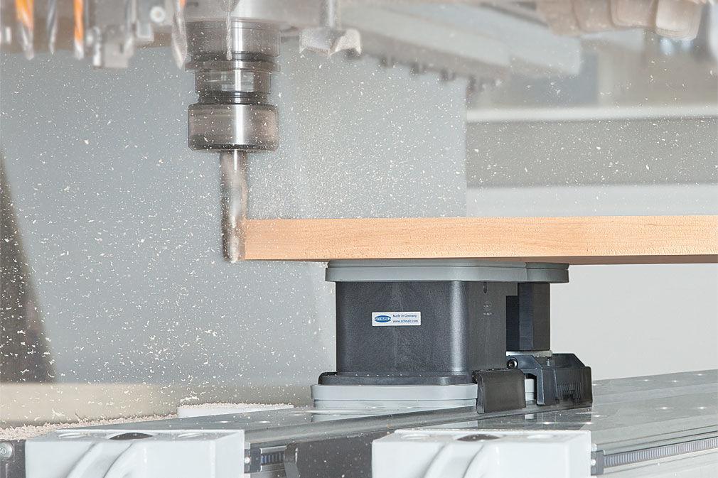 Spanntechnik bei der CNC-Bearbeitung von Holz
