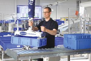 Schlauchheber zur Handhabung von KLT-Kisten